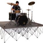 Прокат подиума Intellistage 2х2 м для барабанов