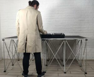 Диджей стол dj table intellistage