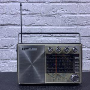 Прокат радиоприемника Silver AC DC муляж